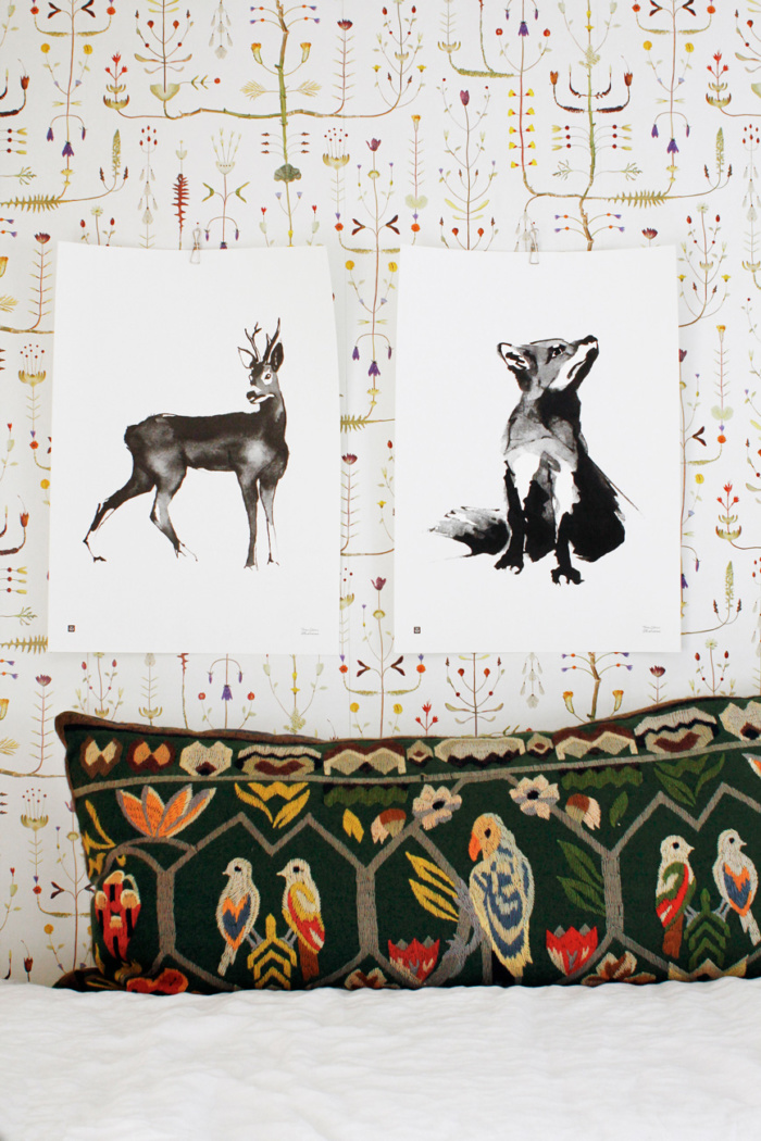 Black & white fox and deer wall decor