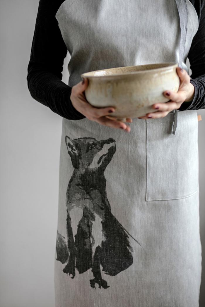 Woven fox apron