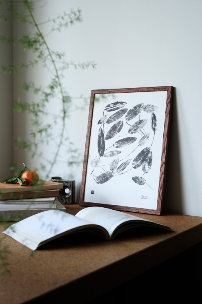 Black & White Pondweed art print
